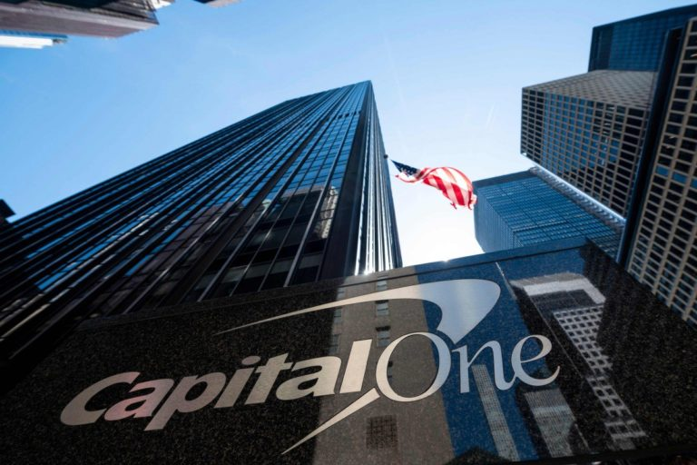 Cybercrime: Une Femme Pirate la Banque Américaine Capital One